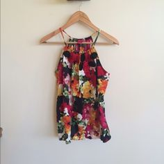 2X HPFloral Tank Super cute for summer! Loose for so its flatter to all!  I wore it once so it's like new. Sunny Leigh Tops Tank Tops