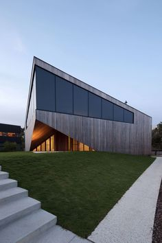 Aireys House by Byrne Architects, Aireys Inlet, AustraliaDesignRulz20 April 2015Located on the Aireys Inlet, Victoria, Australia, the Aireys House by Byrne Architects has a privileged location high on a clif... Architecture