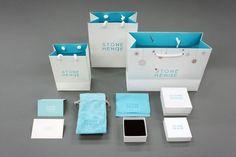 브랜드 : 스톤헨지 아이템 : 악세사리 박스 제작 / 주얼리 케이스 + 쇼핑백 + 보증서 + 조리개파우치 + 봉... Paper Bag Design, Packaging Design, Diy And Crafts, Packing, Identity, Editorial, Bags, Places, Bag Packaging