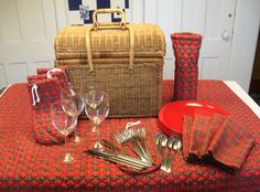Vintage Wicker Basket Picnic Set for 4 Red Plaid by NanNasThings