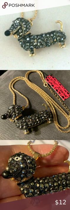 BETSEY JOHNSON CLEAR CRYSTAL BLACK DACHSHUND DOG GOLD PLATED PENDANT  NECKLACE