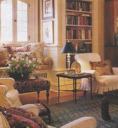 English Living Room Decor (164)