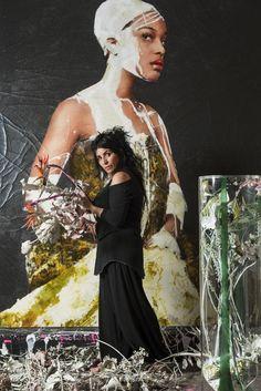 « Peindre jusqu'à épuisement et maîtriser son art », telle est la devise de Lita Cabellut, artiste gitane, mi-sorcière, mi-bonne fée de passage à...