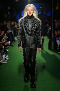 99%IS Spring/Summer 2015 - Mercedes-Benz Fashion Week Tokyo