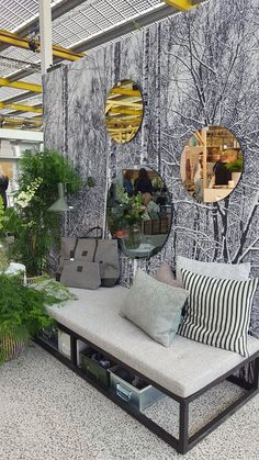 06daf4ba8288 31 Best Sovrum silver och vitt images | Bedrooms, Homes, Bed room