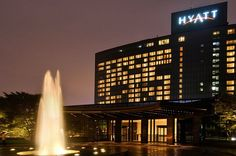 The Grand Hyatt Hotel in Seoul, South Korea, joins Tourism Ireland's Global Greening, to celebrate the island of Ireland and St Patrick. Grand Hyatt, Rooftop Pool, Hotel Stay, Hotel Reservations, Top 5, Ahmedabad, Best Hotels, Seoul, Places Ive Been