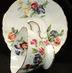 HAMMERSLEY ENGLAND SWEET PEA PURPLE PINK SQUARE TEA CUP AND SAUCER