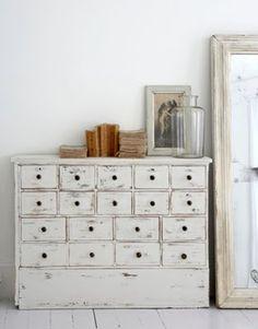 como-ahorrar-decoracion-casas-1.jpg (400×511)