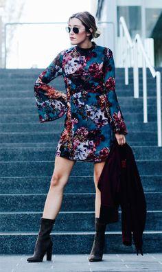 a549ba8a8ca Street style look com vestido e bota. Bota Cano Medio