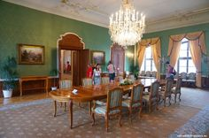 OPEN DOOR AT THE PRESIDENTIAL PALACE - The Green Salon