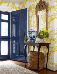 small entryway ideas with wallpaper