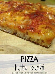 Pizza tutta buchi con lievito di birra ad alta idratazione Focaccia Pizza, Calzone, Pizza Yeast, My Favorite Food, Favorite Recipes, Homemade Frappuccino, Pizzeria, Easy Smoothie Recipes, Pizza Dough