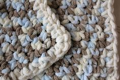 A simple, beautiful and free crochet blanket pattern using Bernat Baby Blanket or other super bulky yarn. It's sure to be a treasured gift