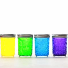 Rainbow mason jars cute crafts, easy crafts, arts and crafts, crafts for kids Cute Crafts, Crafts To Do, Crafts For Kids, Arts And Crafts, Summer Crafts, Creative Crafts, Mason Jar Crafts, Mason Jar Diy, Tinting Mason Jars