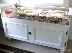I am so excited to show you how I made the window seat cushions for my office in less than 5 minutes each!  Read More  & DIY No Sew Bench Cushion | DIY Home Decor | Pinterest | Bench ...