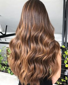 Hair Color Chocolate Caramel Shades 27 Super Ideas - Hair Color Chocolate Caramel S. Balayage Hair Caramel, Brown Hair Balayage, Brown Blonde Hair, Light Brown Hair, Hair Color Balayage, Brunette Hair, Hair Highlights, Ombre Hair, Sunkissed Hair Brunette