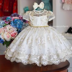No photo description available. Little Girl Pageant Dresses, Baby Girl Party Dresses, Flower Girl Dresses, Kids Outfits Girls, Cute Outfits For Kids, Kids Blouse Designs, Evening Dress Patterns, Crochet Baby Dress Pattern, Kids Dress Wear