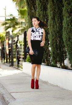 Keep it Classic Petite Blogger- Floral Crop top and Pencil Skirt