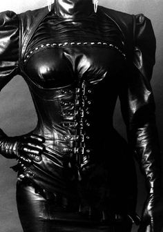 a favourite fetish photo of mine!