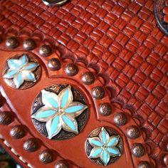 Double J saddle details