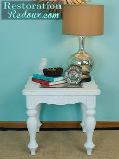 Vintage White Chalky Painted Table http://www.restorationredoux.com/?p=3297