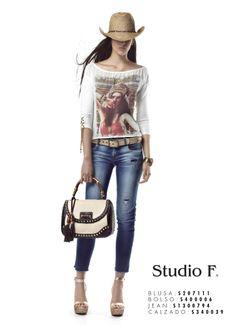Boho western, un estilo casual que te encantará.  BLUSA S207111 BOLSO S40006 JEAN S1300794 CALZADO S340039