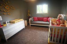 Dark Grey Nursery Guest Room with Daybed, Crib and White Dresser / furniture arrangement Baby Cribs For Twins, Twin Cribs, Best Baby Cribs, Best Crib, Baby Girls, Dark Gray Nursery, Nursery Modern, Nursery Layout, Nursery Ideas