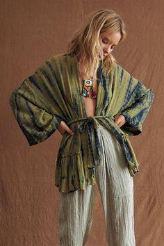 Boho Kimono, Kimono Fashion, Boho Fashion, Autumn Fashion, Kimono Top, Fashion Outfits, Male Kimono, Fashion Ideas, Hippie Outfits