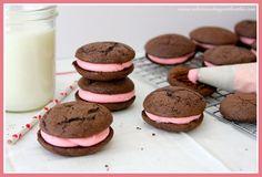 Chocolate-Valentine-Whoopie-Pies-600x408.jpg 600×408 pixels