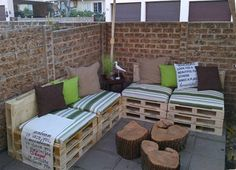 One crafty Home-Dzine reader transforms timber pallets into attractive patio furniture. Samantha Klein was lucky enough to stumble upon plenty of timber pallets for her repurposed patio furniture. http://www.home-dzine.co.za/garden/garden-patiopallets.htm#
