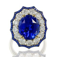 18K Gold Blue Sapphire 10.05 ct, Diamonds.  This stunning and with sapphire pave, superb!