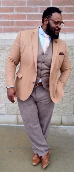 Big And Tall Mens Fashion Collections: Best Inspirations Chubby Men Fashion, Mens Plus Size Fashion, Tall Men Fashion, Big Fashion, Mens Fashion, Big And Tall Style, Mens Big And Tall, Sharp Dressed Man, Well Dressed Men