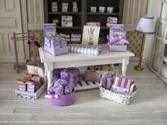 Nostalgie In 1zu12 Mini Vanity Bath Items Pinterest Lavender