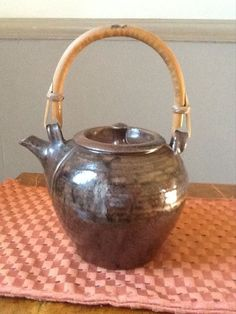 Superb Studio Pottery Teapot By Bill Hargreaves, Yorkshire potter
