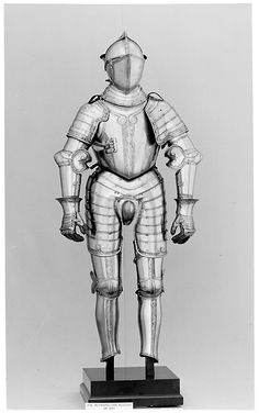 Armor, c. 1560, German, Steel; Overall weight: 44.57 lb. (20.2kg), Helmet weight: (a): 7.57 lb. (3433.7g)