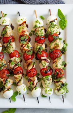 Vegetarian BBQ Dishes Even Meat Eaters Love Check out these vegetarian BBQ dishes for your next grill party!Check out these vegetarian BBQ dishes for your next grill party! Poulet Caprese, Caprese Chicken, Chicken Skewers, Vegetarian Grilling, Grilling Recipes, Cooking Recipes, Healthy Recipes, Vegetarian Bbq Skewers, Dishes Recipes
