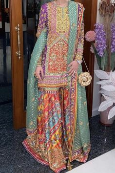 At a shendi wearing nomi ansari – Best Wedding Beauty Asian Wedding Dress Pakistani, Pakistani Mehndi Dress, Pakistani Formal Dresses, Wedding Dresses For Girls, Pakistani Dress Design, Party Wear Dresses, Pakistani Outfits, Mehendi, Balochi Dress