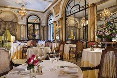 Alvear Palace Hotel - Situé au cœur du quartier chic de Recoleta, l'Alvear Palace Hotel propose un hébergement somptueux à la décoration luxueuse et élégante. Cet hôtel possède un spa, un centre de remise en forme moderne et 2 restaurants pleins de charme. Adresse Alvear Palace Hotel: Av. Alvear 1891 C1129AAA Buenos Aires