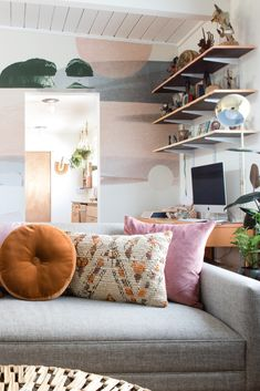 First of all, catch out this awesome idea for your home decor in bohemian style. Using different colors and the patterns is the main part of bohemian style home decor. Bohemian Decor, Bohemian Style, Home Interior Design, Interior Decorating, Modern Minimalist House, Bean Bag Chair, House Ideas, Pastel, Design Ideas