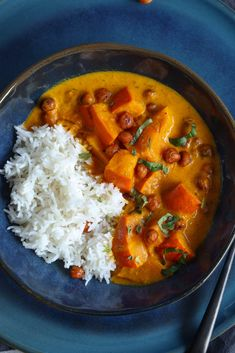 Thai Red Curry, Vegan Recipes, Vegan Food, Beverages, Dining, Cooking, Ethnic Recipes, Green, Kitchens
