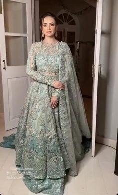 Asian Wedding Dress Pakistani, Indian Wedding Gowns, Asian Bridal Dresses, Indian Bridal Outfits, Wedding Dresses For Girls, Pakistani Dress Design, Pakistani Dresses, Asian Bridal Wear, Walima Dress
