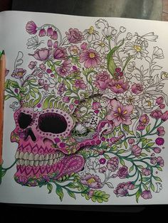 #imagimorphia #flowerskull #kerbyrosannes