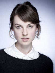 beautifulpeoplescafe:  Jessica Raine, actress, UK