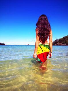 We found Island life with a bottle of Kudjoerum white rum in the Whitsundays Australia.... Bless Up #rum #jamaicanrum #hamiltonisland #beach #australia #girl