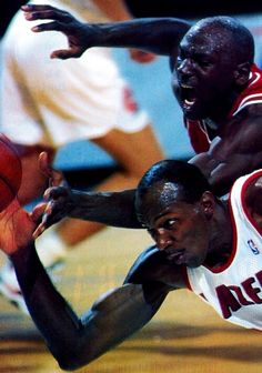 Jordan & Drexler Battling....Hustle!