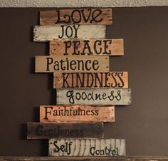 WONDERFUL WEDNESDAY - make this for decoration. Add pieces each week. What a great addition to your home décor. All signs are done free hand and can be customized to fit your needs. Decor Crafts, Wood Crafts, Diy Home Decor, Pallet Crafts, Diy Wood, Pallet Signs, Wood Signs, Diy Signs, Youth Group Rooms