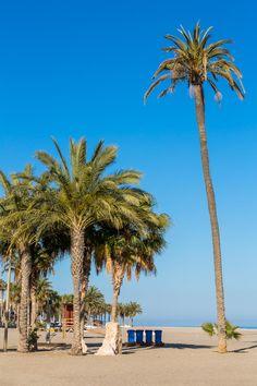 Playa urbana de #Carboneras #niHouse #Almería #summer #vacaciones a lo largo del Paseo Marítimo.