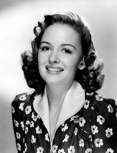 Donna Reed.... she planned to become a teacher, but was unable to pay for college. She decided to move to California to attend Los Angeles City College on the advice of her aunt. While attending college, she performed in various stage productions but had no plans to become an actress. After receiving several offers to screen test for studios, Reed eventually signed with MGM, but insisted on finishing her education first