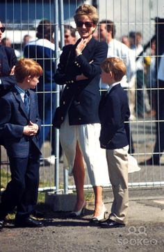 C/n 016278 Princess Diana and Prince Harry (Henry) at the British Grand Prix 07-10-1994 Photo by Dave Benett-Globe Photos-getty Images Read Less