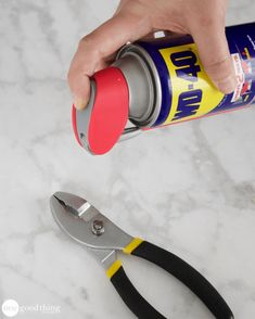 wd 40 uses cars * wd 40 uses . wd 40 uses cleaning . wd 40 uses hacks . wd 40 uses cars . Car Cleaning Hacks, Household Cleaning Tips, Toilet Cleaning, Cleaning Recipes, House Cleaning Tips, Diy Cleaning Products, Cleaning Solutions, Cleaning Car Windows, Wd 40 Uses